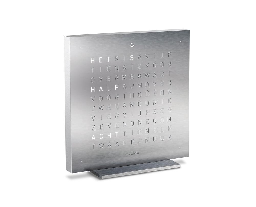 Qlocktwo Touch metaal tafelklok - 1